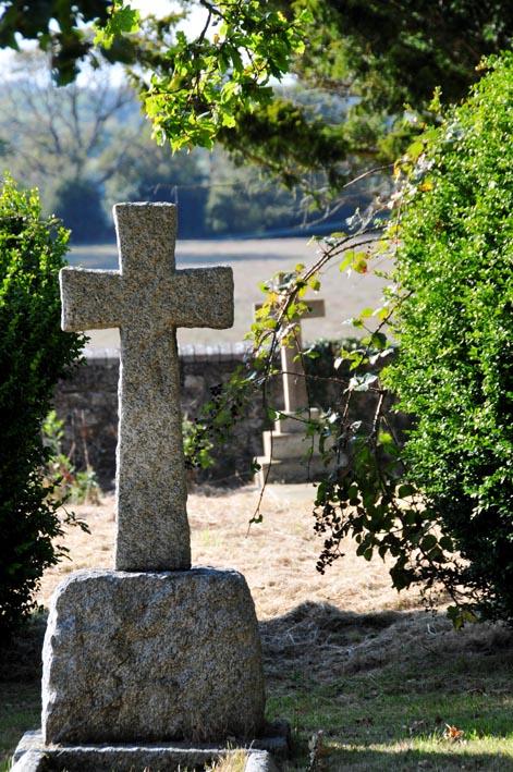 Churchyard DSC_1365