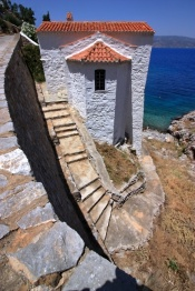 mandraki-hydra-island-red-tiled-roof-church